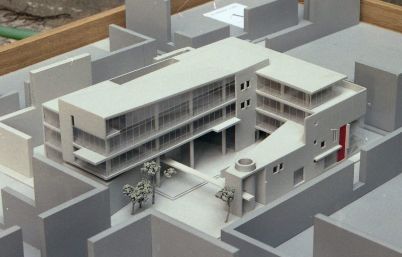 27. MESOLOGGI CITY HALL Ι [2003]